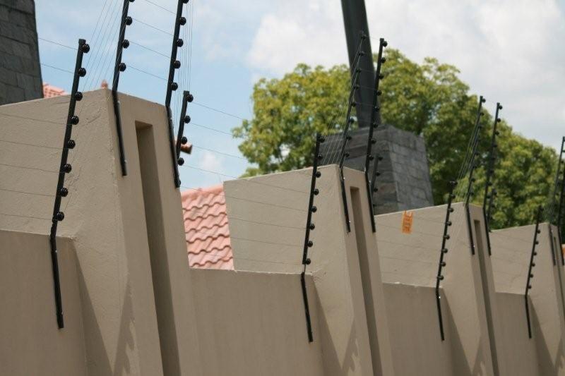 Cerca Electrifica -kit de 65-70m com instalação