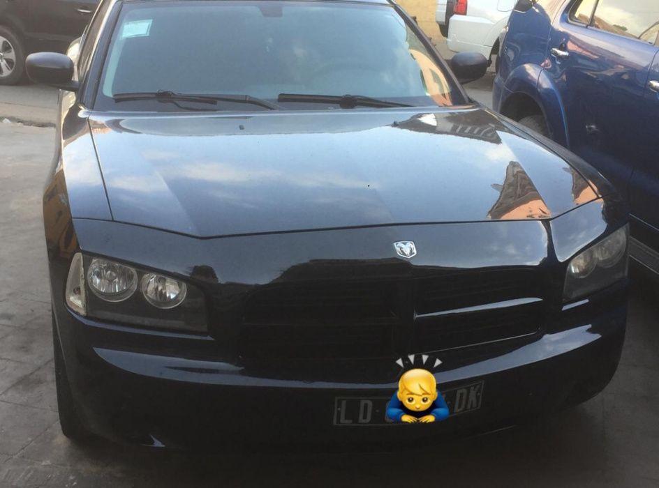 A venda Dodge V6
