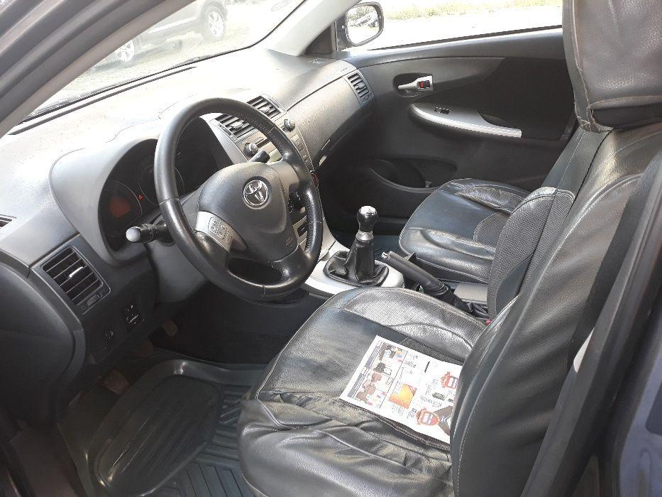 Toyota Corolla em óptimas condições