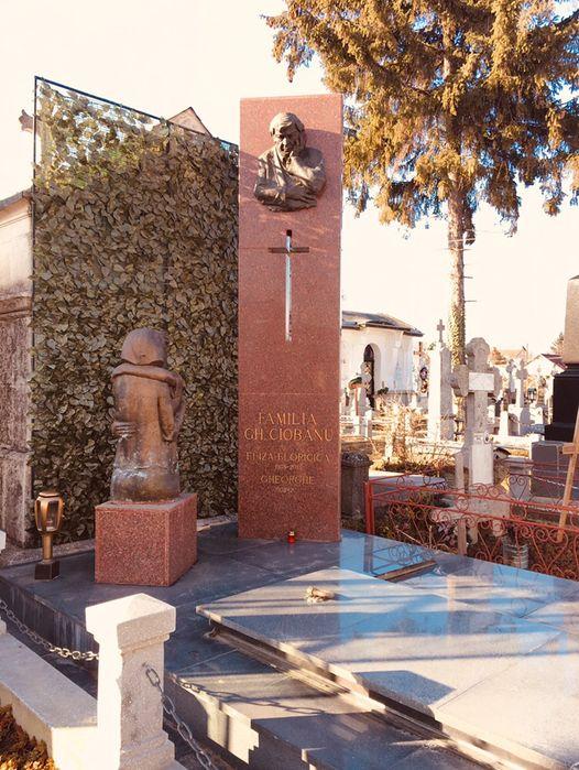 Monumente funerare granit Cruci Cavouri Morminte granit marmura Buzau