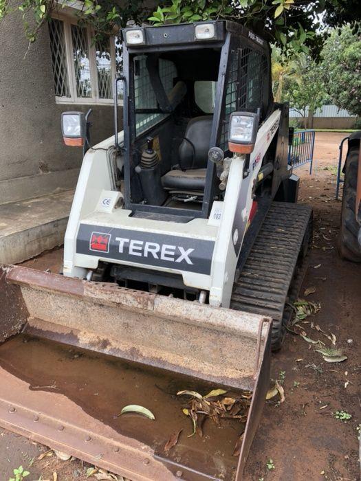 Mini Escavadora Terex PT 60