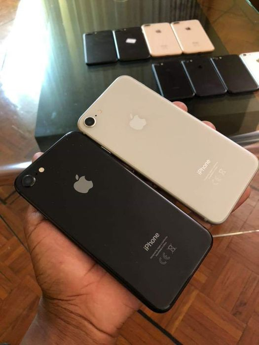 Iphone 8 64GB Preto Alto-Maé - imagem 2