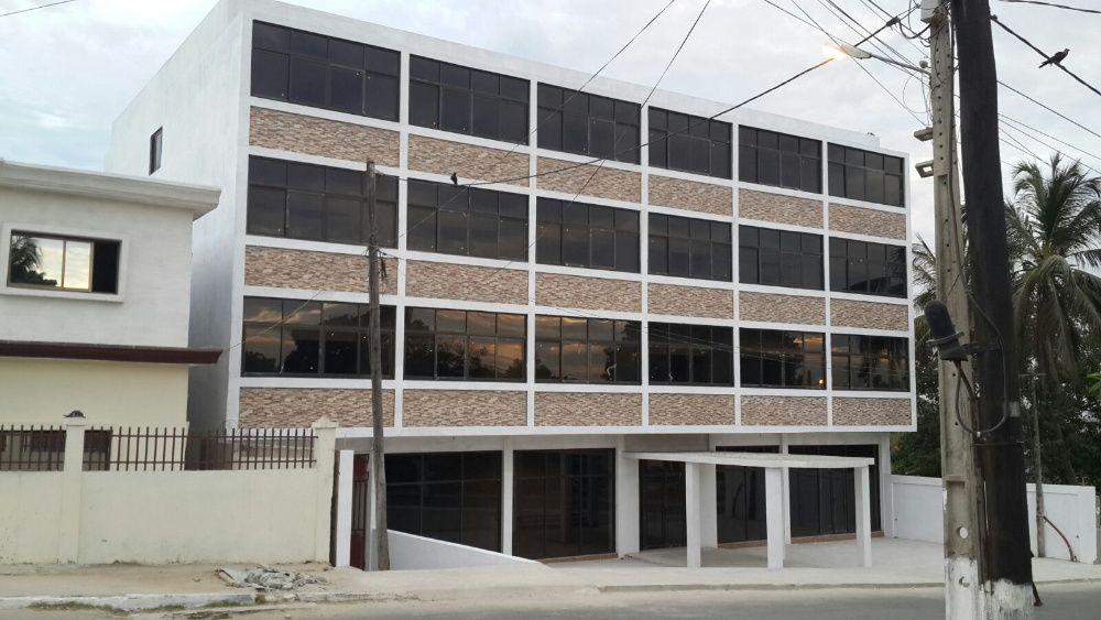 Edificío com Projecto de Hotel em Nacala Porto