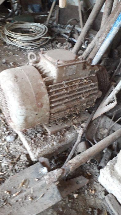Motor 3.80V