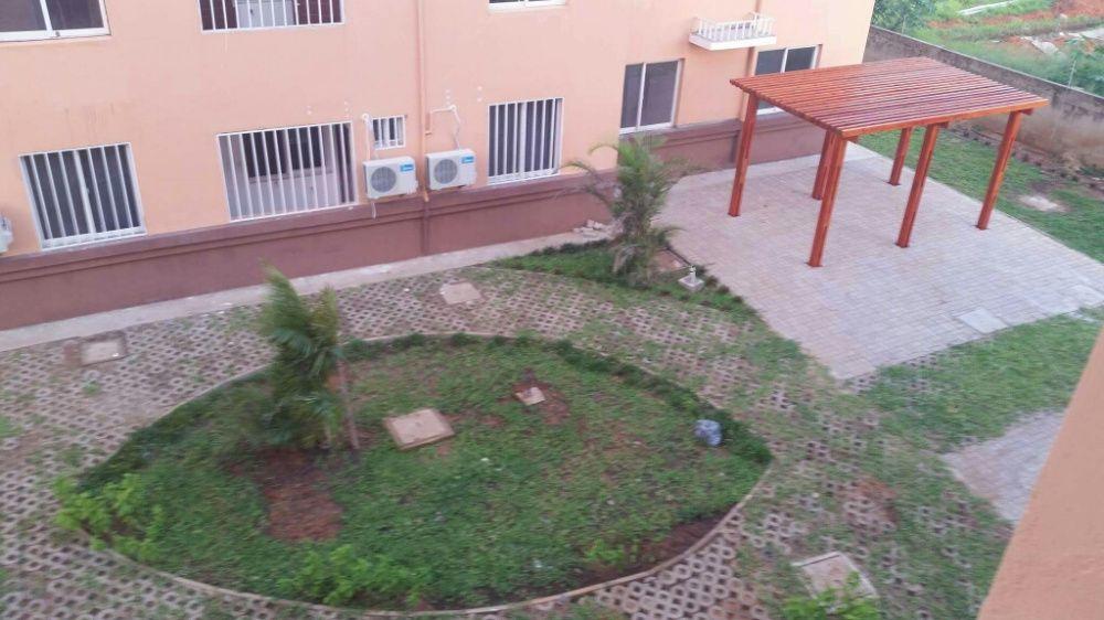 Vende tp2 no condominio kings village da Matola Cidade de Matola - imagem 2