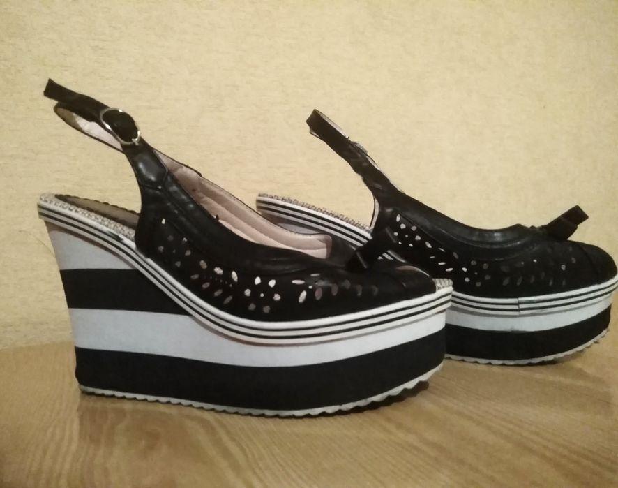 Лот летни дамски обувки и сандали 39 номер