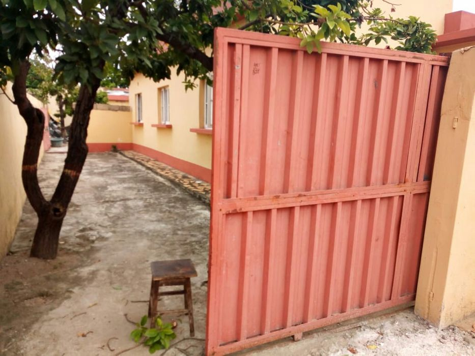 Arrenda se casa luis cabral Bairro do Jardim - imagem 1
