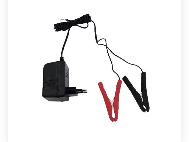 Зарядно акумолатор 12V 0.5 AM