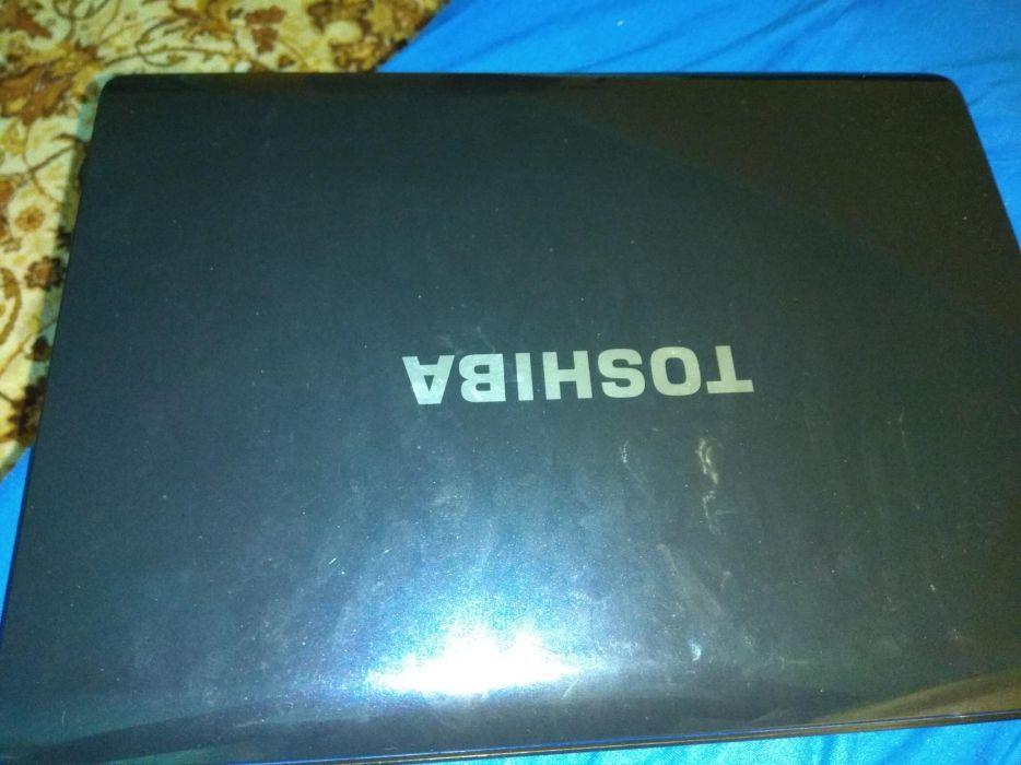 Лаптоп Toshiba A200 на части