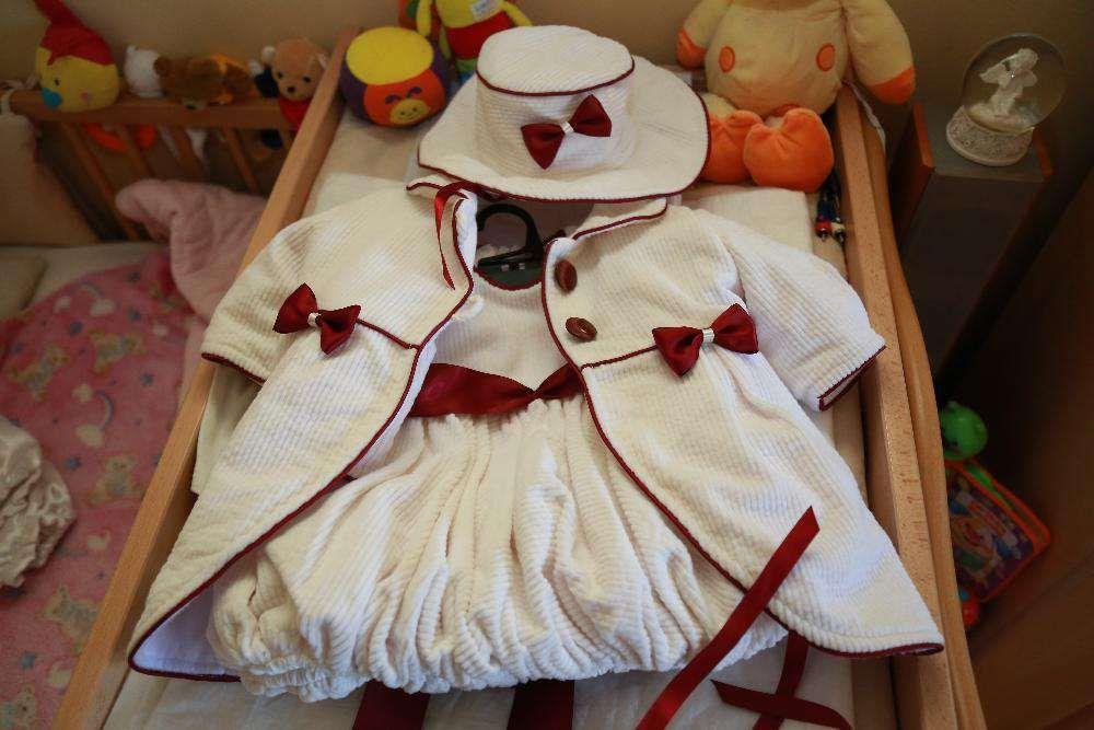 Costum botez fetita