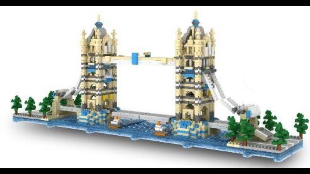 Jucarie deosebita tip Lego Tower Bridge cu 2100 de piese