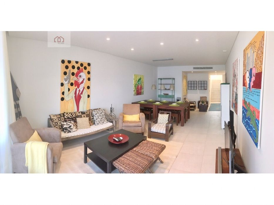 Vende-se t3 duplex baía de Luanda 1.500.000 dólares ao câmbio do banco