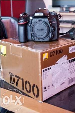 Body Nikon D7100 sau obtional cu 2 obiective
