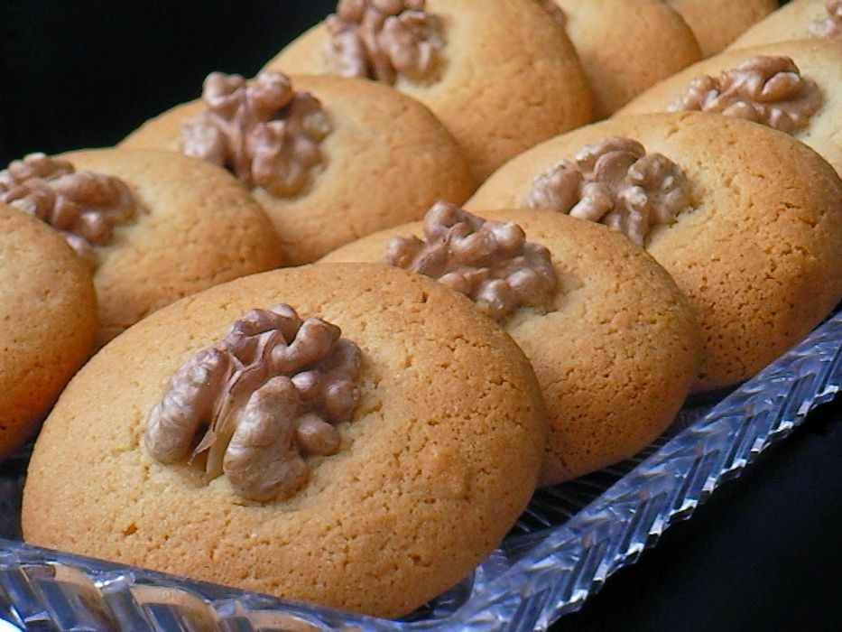 Торти ,сладки ,кексове ,пастички,петифури