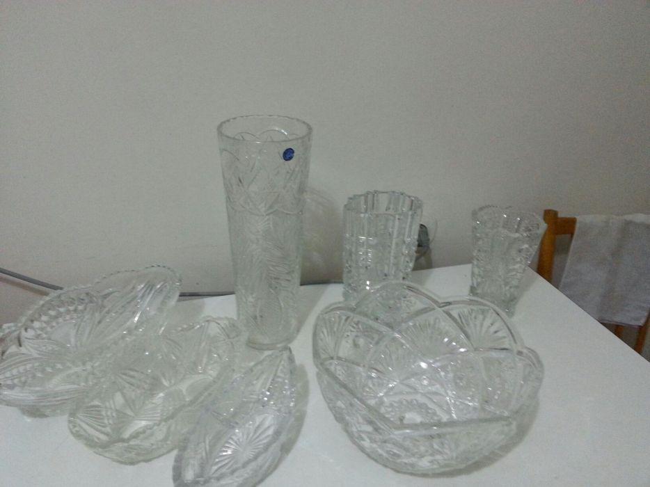 Хрустальные вазы ,салатницы ,фруктовница