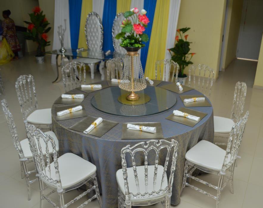 Aluguer de mesas de redondas de 10 Lugares