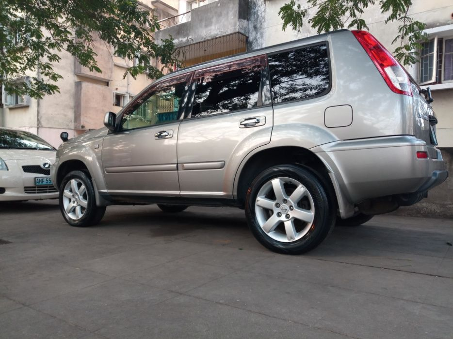 Nissan X-trail recém importado