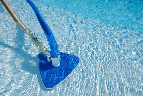 Limpeza de piscinas