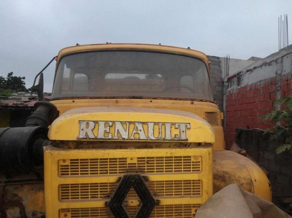 Camião Renault de Carga