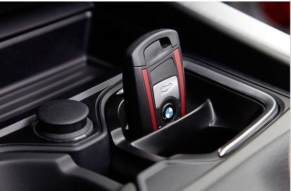 Suport bauturi / cheie / depozitare original BMW Seria 1 / Seria 2