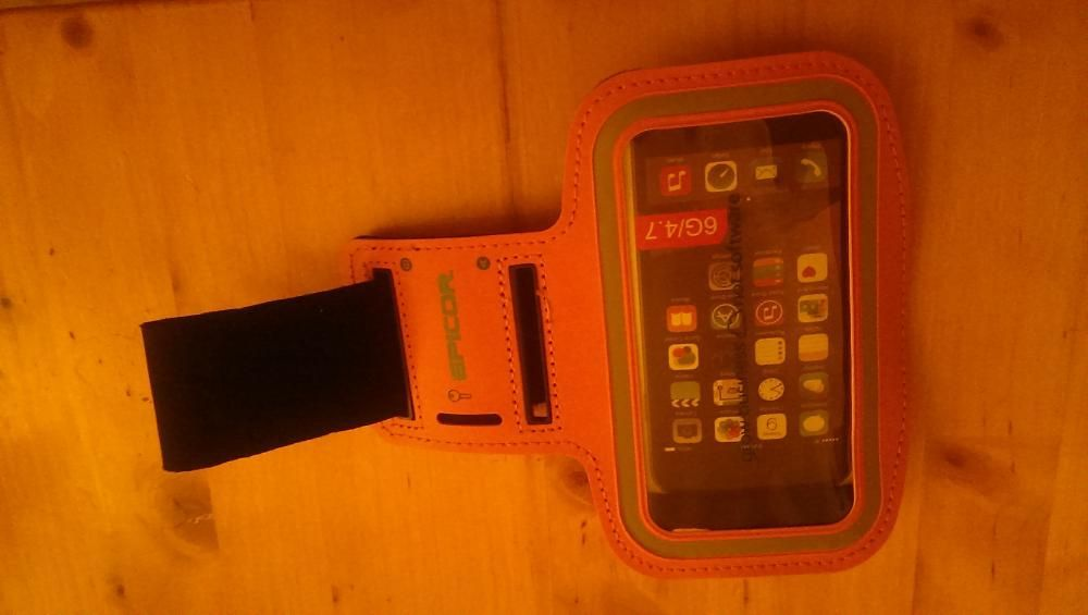 Husa iphone NOUA pe suport brat/picior, pt.ciclism,jogging