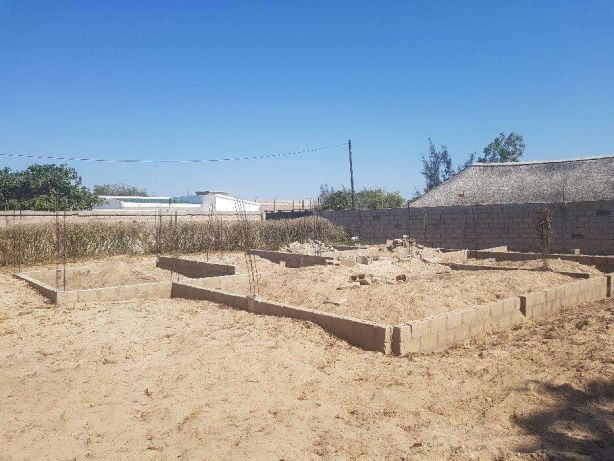 Vende-se Terreno 20x40 em Kumbeza proximo as Bombas da Puma