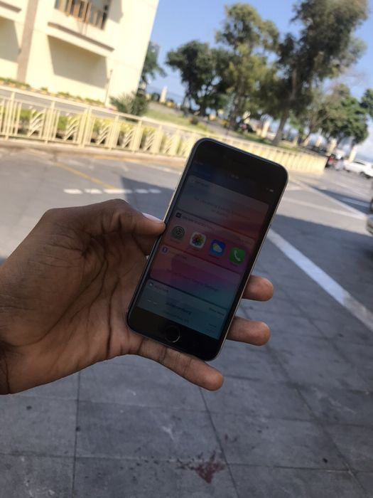 Iphone 7 matte black super novo!