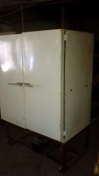Холодильная камера в рабочем состояние