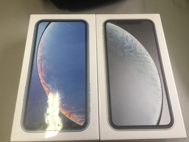 IPhone Xr 64Gb: Selado novo na caixa e com todos acessórios