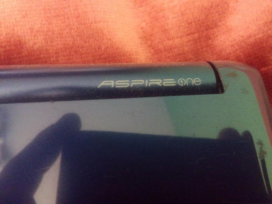 Laptop Acer ASPIRE ONE Intel Atom