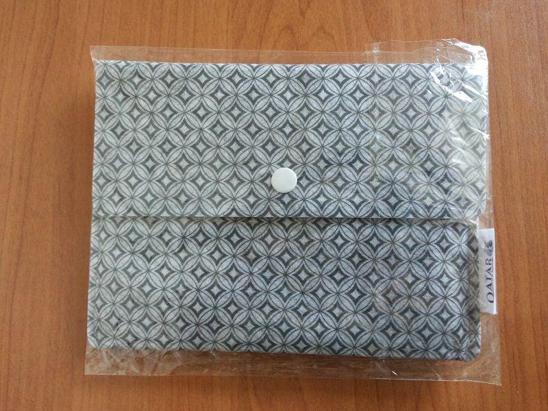 Нови, пакетирани чанти/портмонета/торби !