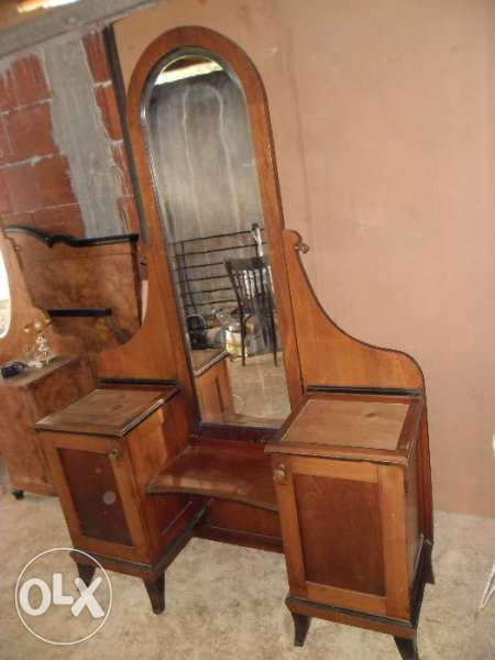 голяма ретро тоалетка с кристално огледало / старинна, антична