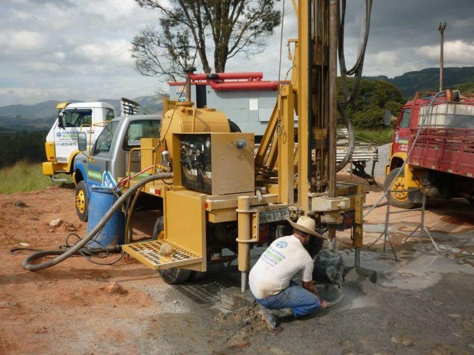 Prestação de serviços de perfuração de furos de água