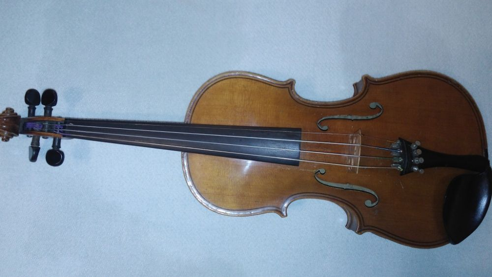 "Цигулка 4/4 - "" Concetr violin madggini """