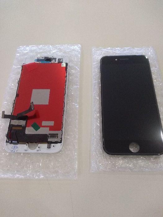 Дисплей с тъч скрийн и стъкло iPhone 7 смяна в сервиз