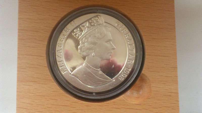 Сребърна юбилейна монета Гибралтар