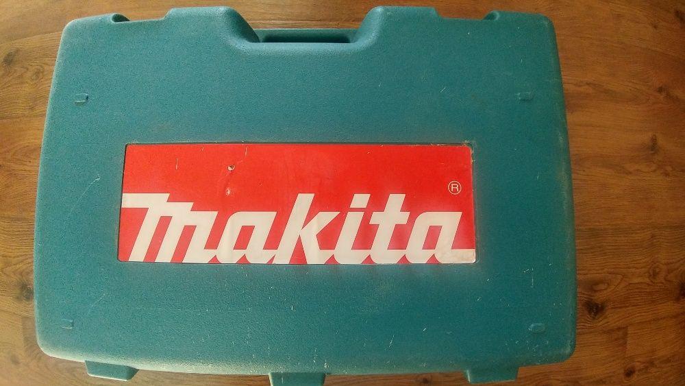 Продам перфоратор MAKITA HR5001C