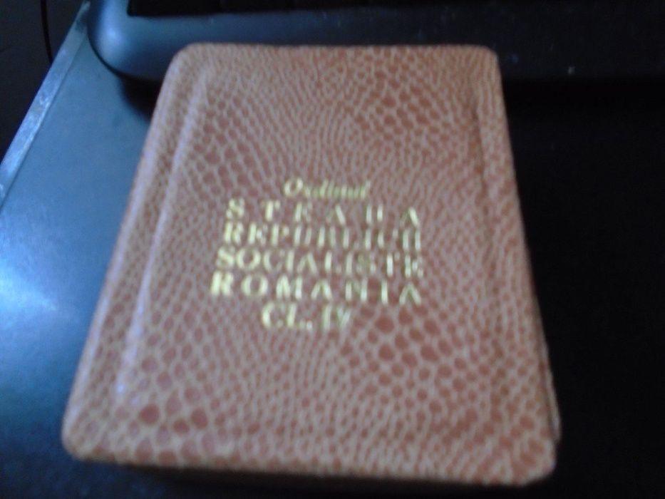 Ordinul Steaua RSR cls IV , argint , cutie, bareta Ploiesti - imagine 3