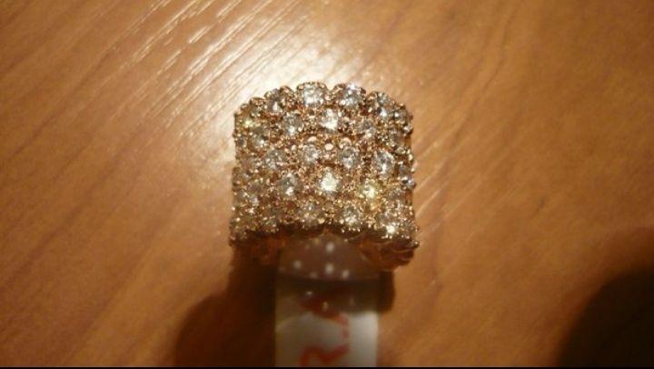 Бижутерия с кристаллами Swarovski