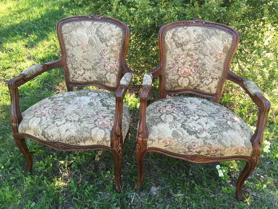 """Две старинни кресла """"Луи XV"""""""