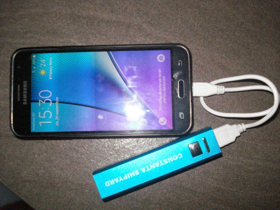 Acumulator portabil mini