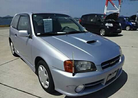Toyota estarllet bolinha