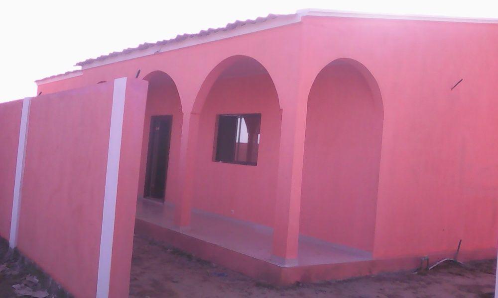 Vendas de casas várias tipologias dentro do condomínio