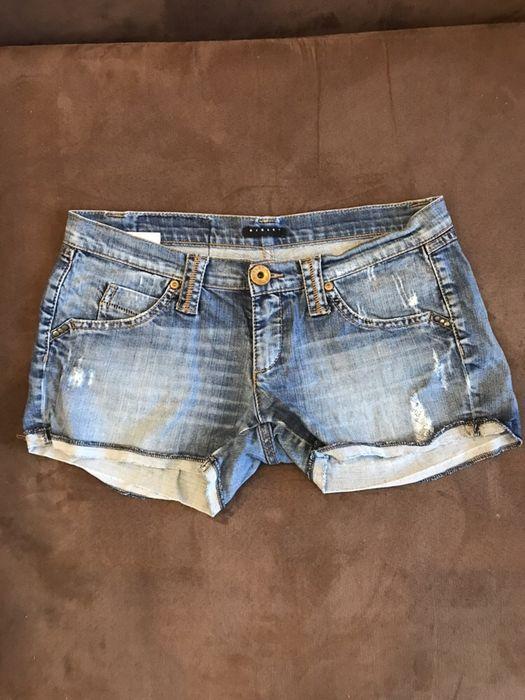 Къси панталони Sisley