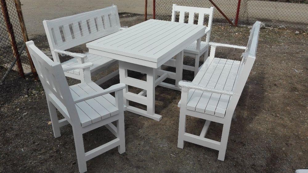 Маси и пейки за заведения и градини