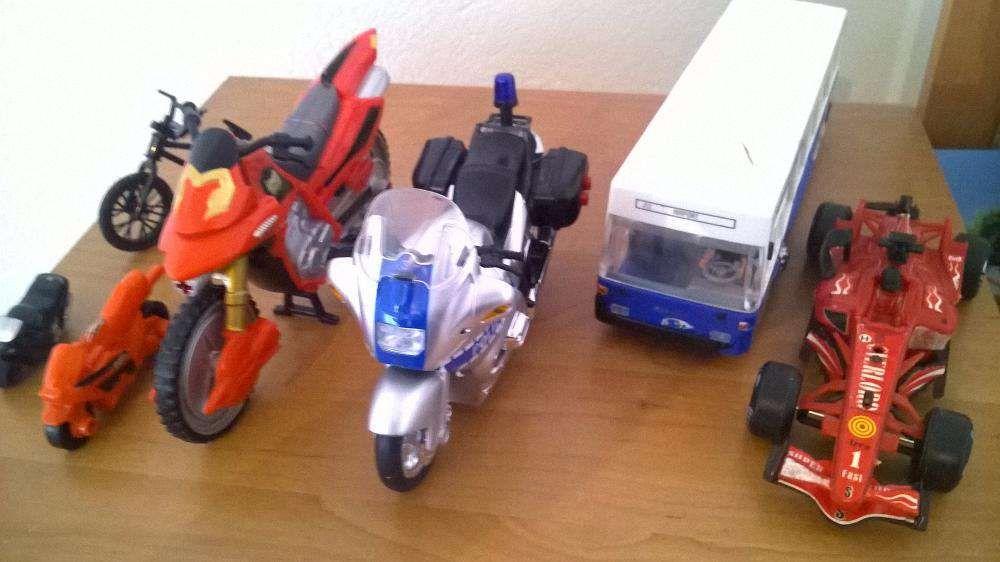 6 machete jucarii/masinute/motociclete/bicicleta