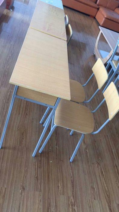 Carteira escolar dupla produto novo com directo entrega e montagem