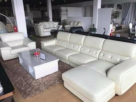 Sofá L de origem Dubai de 5 Lugares a venda