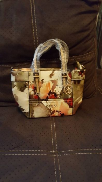 Guess Delaney-Floral Small