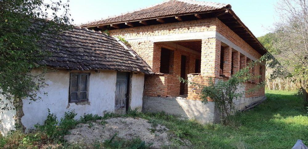 Vanzare  casa  3 camere Mehedinti, Barlogeni  - 15000 EURO
